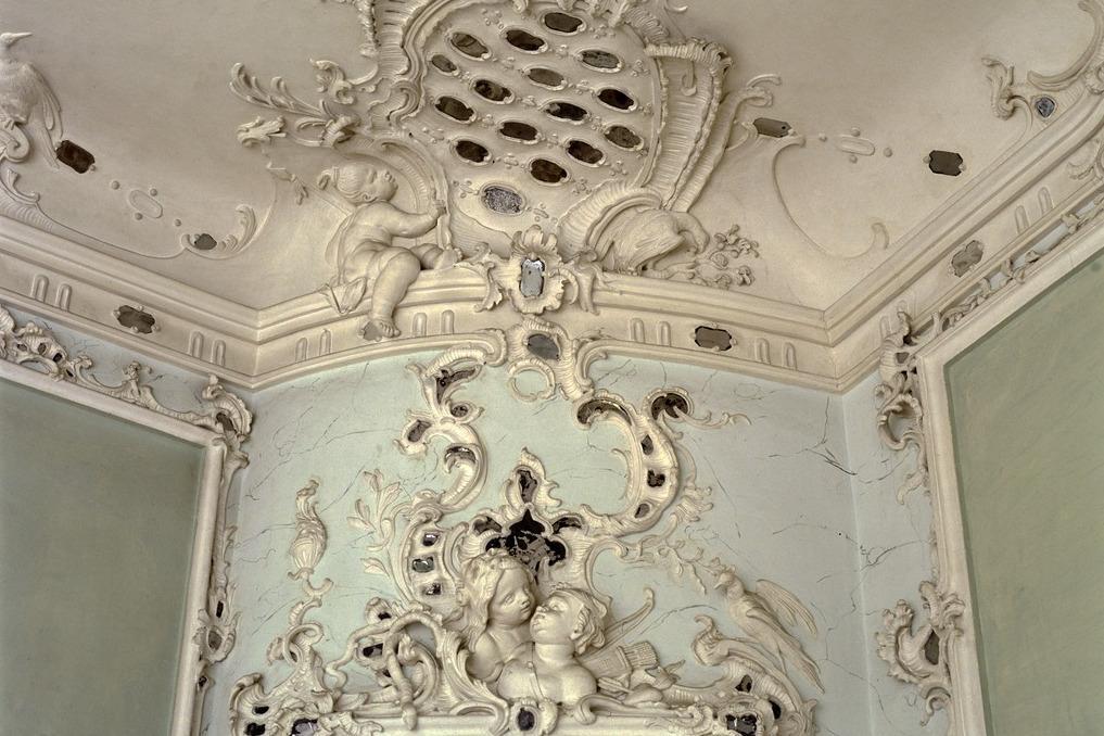 Stuckrelief im Bilderkabinett, Schloss Tettnang