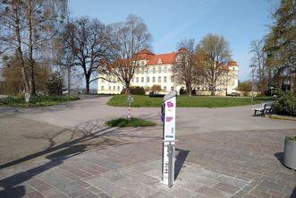 Neues Schloss Tettnang, Radservice in der Schlossstraße