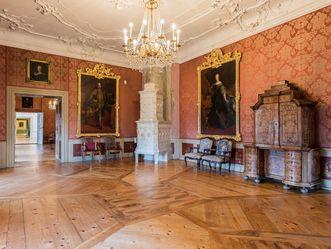 Neues Schloss Tettnang, Erstes Rotes Zimmer